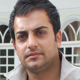 حامد کمیلی برای همیشه ایران را ترک کرد