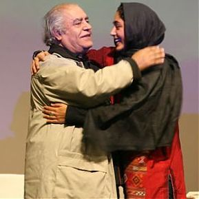 عکس برهنه گلشیفته فراهانی روی جلد مجله فیگارو و واکنش پدر و مادرش