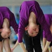 آموش های بسیار سخت در مدرسه ژیمناستیک دختران شانگهای چین+عکس