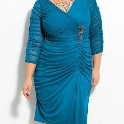 چند مدل لباس شب زیبا برای خانم های چاق