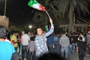 کارناوال شادی در خیابانهای دبی / تشویقهای تمام نشدنی هواداران تیم ملی
