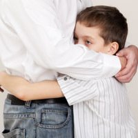 چگونه فرزندمان را مستقل تربیت کنیم؟