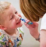 علاقهمند کردن کودکان به مسواک زدن