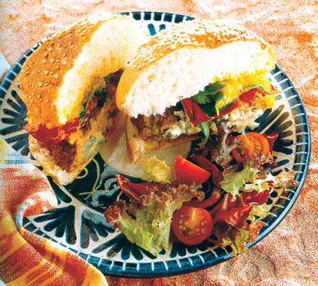 طرز تهیه ی همبرگر با پنير لاسبزی