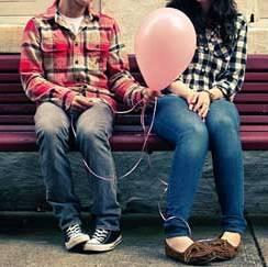 بررسی دوستی های دختران و پسران