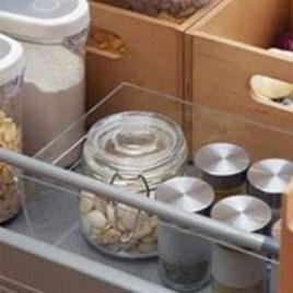 نگهداری مواد غذایی در کابینت