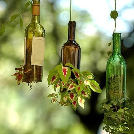 ساخت گلدان های معلق با بطری های قدیمی