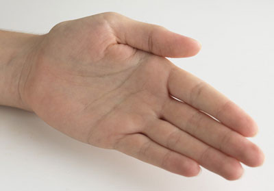با دقت در بندهاي انگشتتان به اين رموز پي ببريد