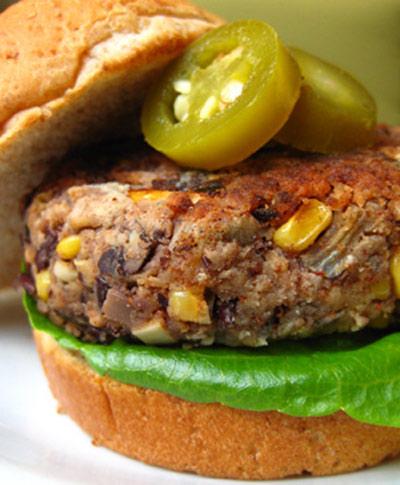 طرز تهیه برگر ذرت و سویا، مخصوص گیاه خواران