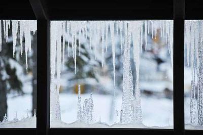 چگونه پنجره ها را برای مقابله با سرما آماده کنیم
