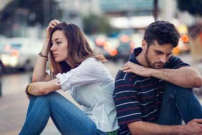 رابطه عاشقانه تان با این نشانه ها به پایان رسیده است، مراقب باشید!!
