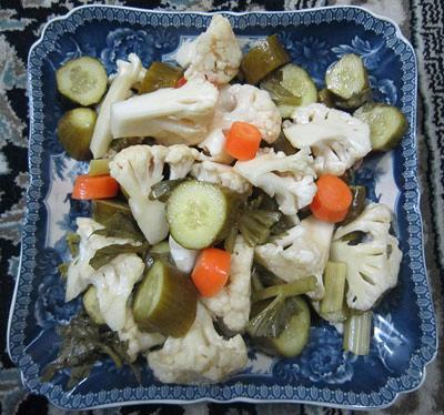 طرز تهیه شور با کلم و هویج