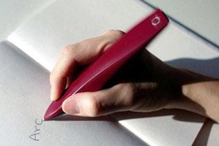 اختراع قلمی هوشمند ویژه بیماران پارکینسون
