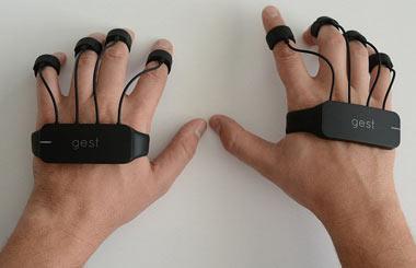 به کمک دستکش GEST رایانه و تلفن همراه خود را کنترل کنید
