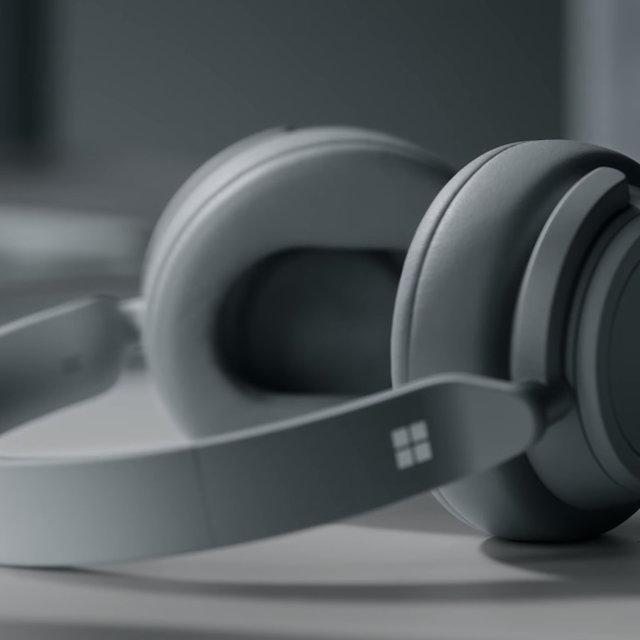 رونمایی از هدفون جدید توسط مایکروسافت