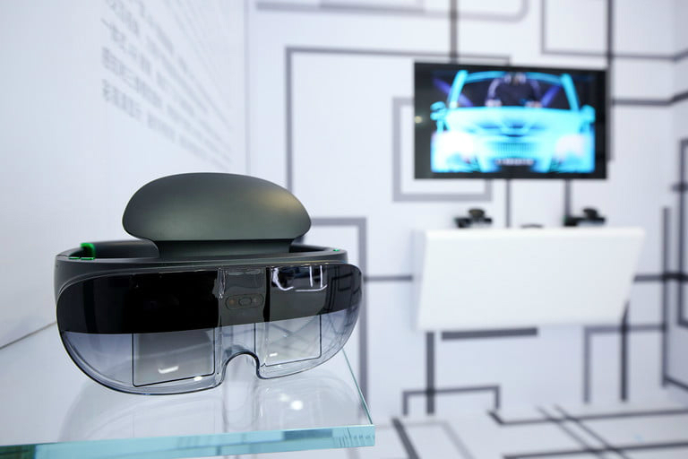 عینک واقعیت مجازی اوپو رقیبش را کنار می زند؟